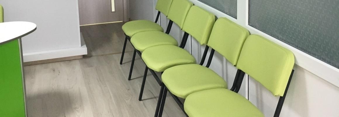 Мебель для зон ожидания в медицинских учреждениях: комфорт особенно важен