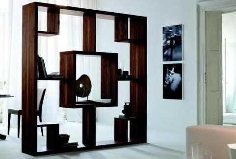 Многоярусный стеллаж: стильное решение для зонирования помещения