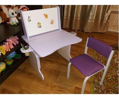 Как выбрать детский стол