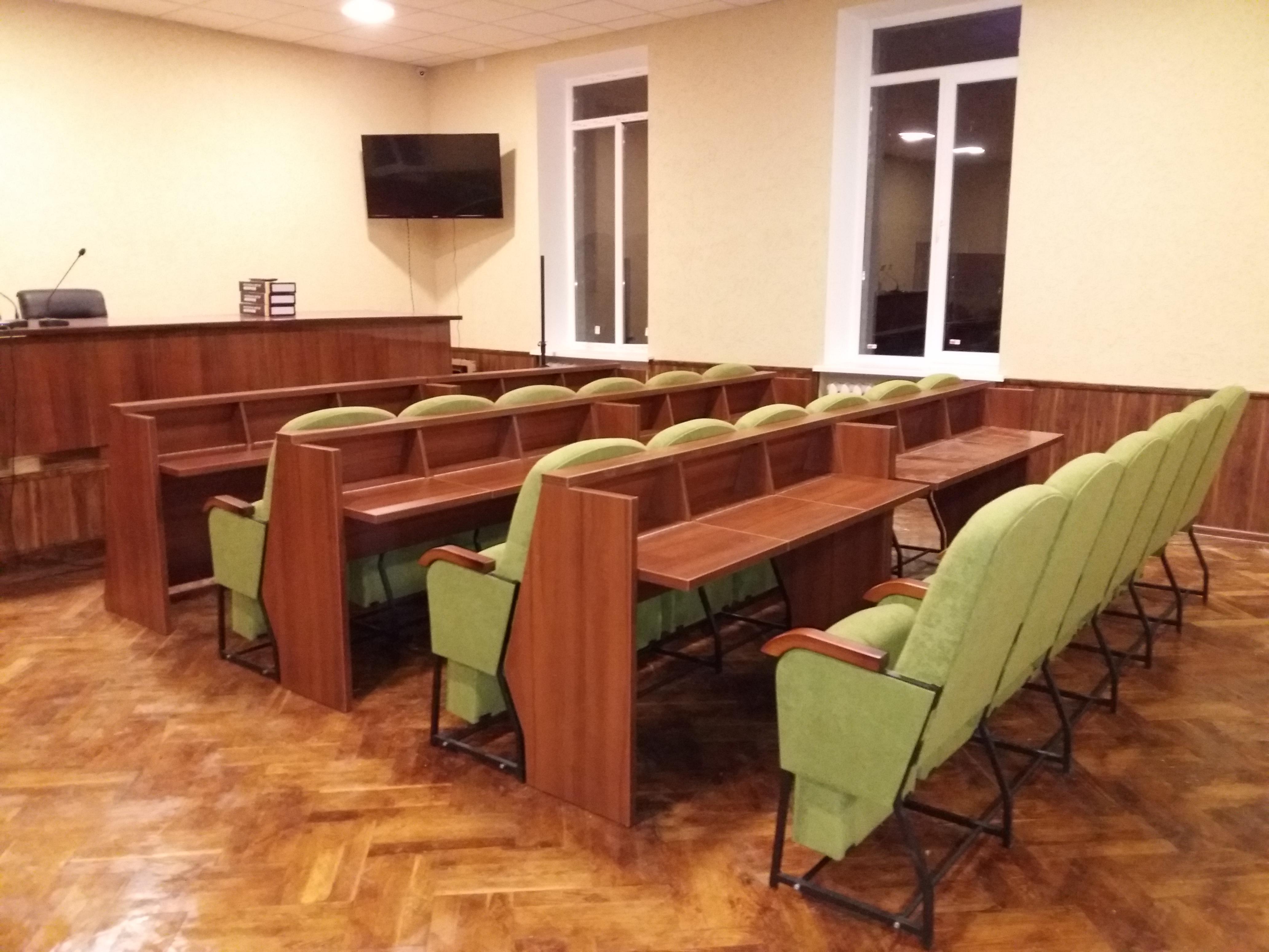 Кресла для сессионных залов и залов заседаний Спикер Универсал с откидными столиками 4