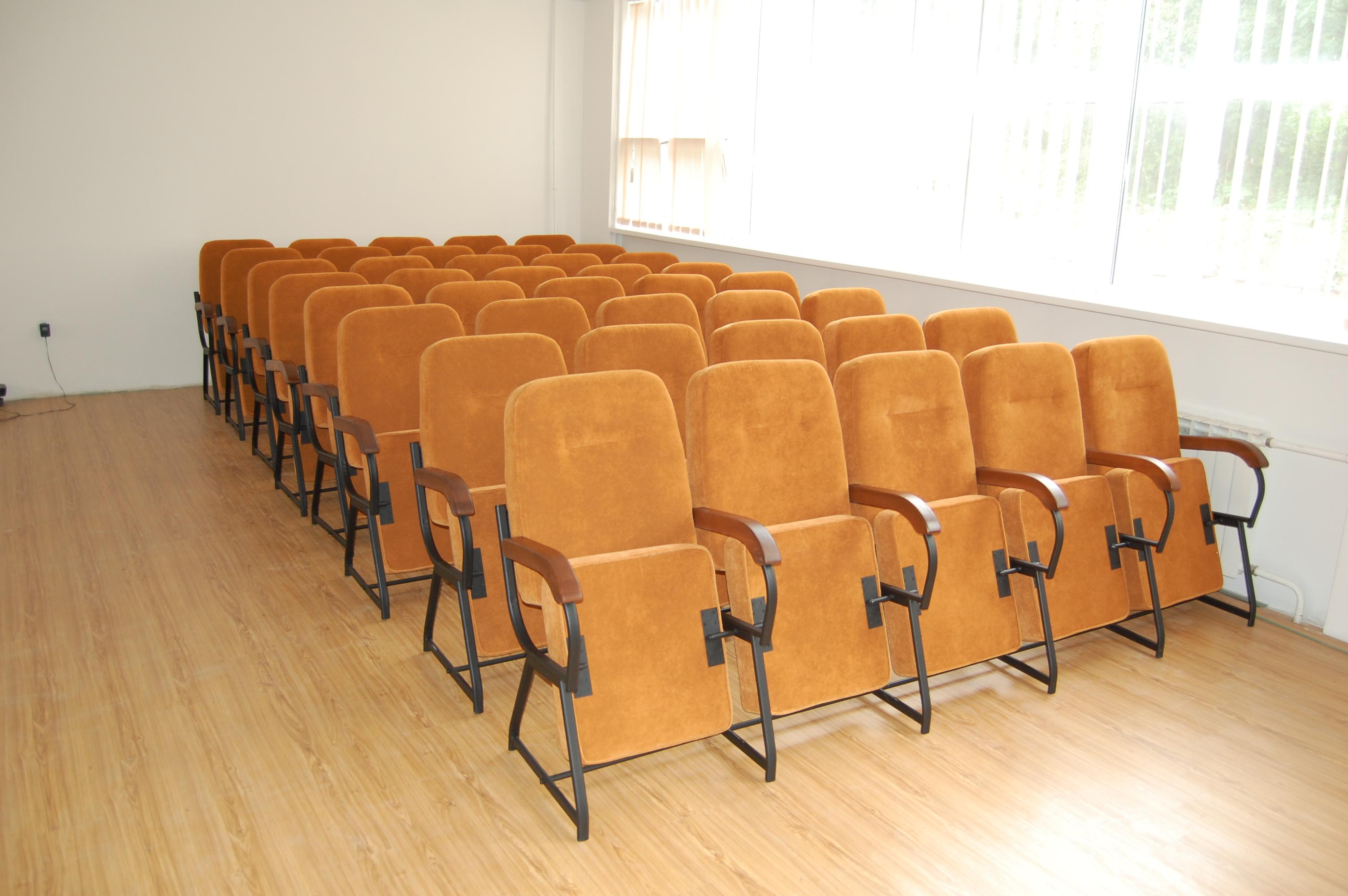 Кресла для актового зала Стюард Универсал